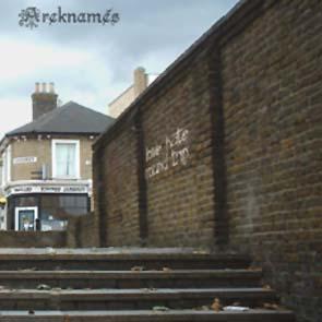 AREKNAMES - Love hate round trip - red vinyl      DLP