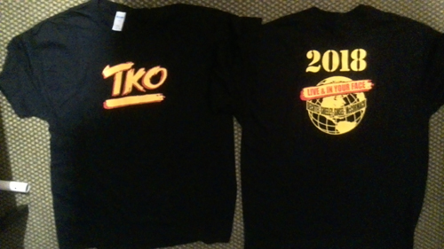 TKO - Live in your face - size XL or XXL      T-Shirt - 100 % Baumwolle
